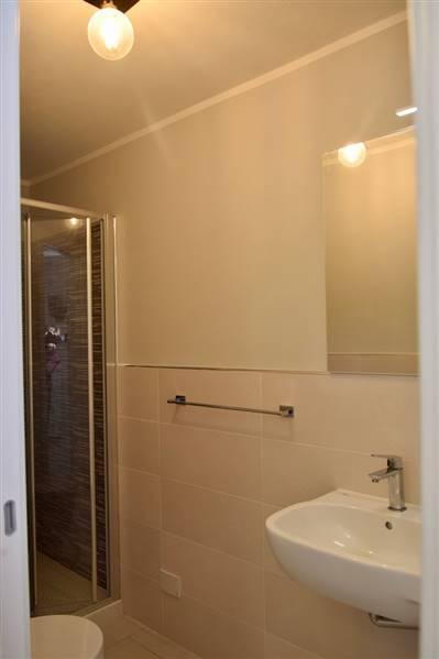 San Vincenzo (LI) - Appartamento 6/8 posti letto in villa a 50 metri dal mare - doppi servizi - nuova realizzazione