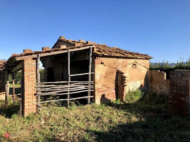 Castagneto Carducci (LI) - Casolare con terreno