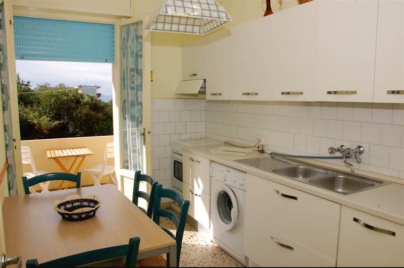 San Vincenzo (LI) - Trilocale - 6 Posti letto - vista mare -  150 metri dal centro