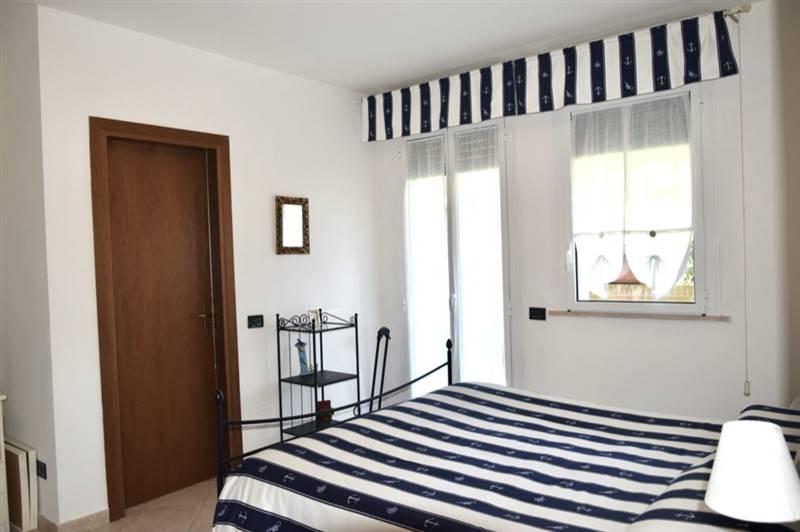 San Vincenzo (LI) - Appartamento con doppi servizi  in  complesso con piscina