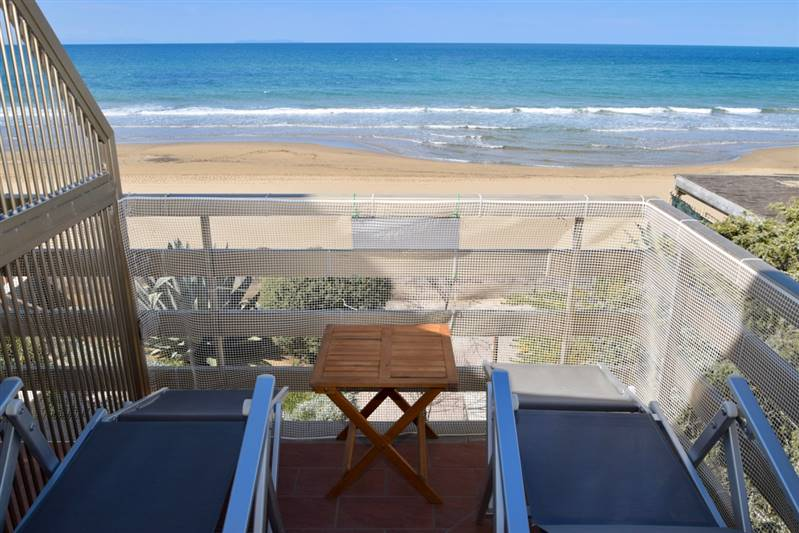Nice apartment in front of the sea - 3 beds