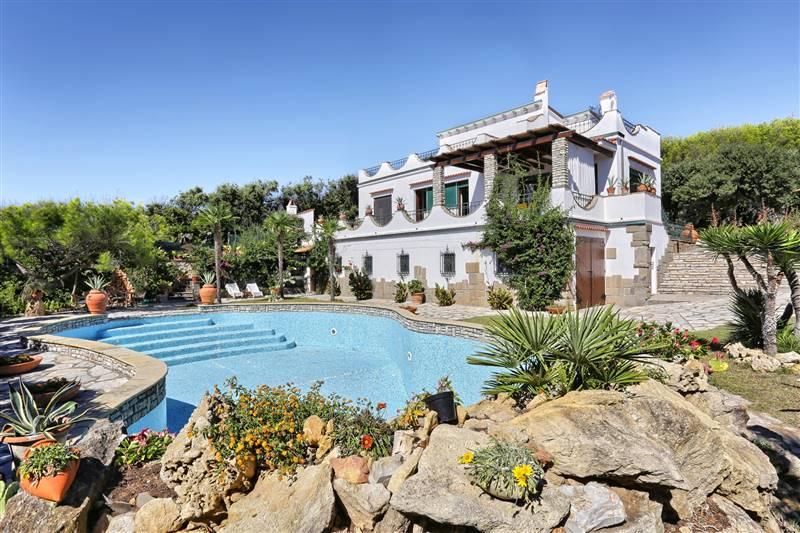 Castiglioncello (LI ) - Villa fronte mare