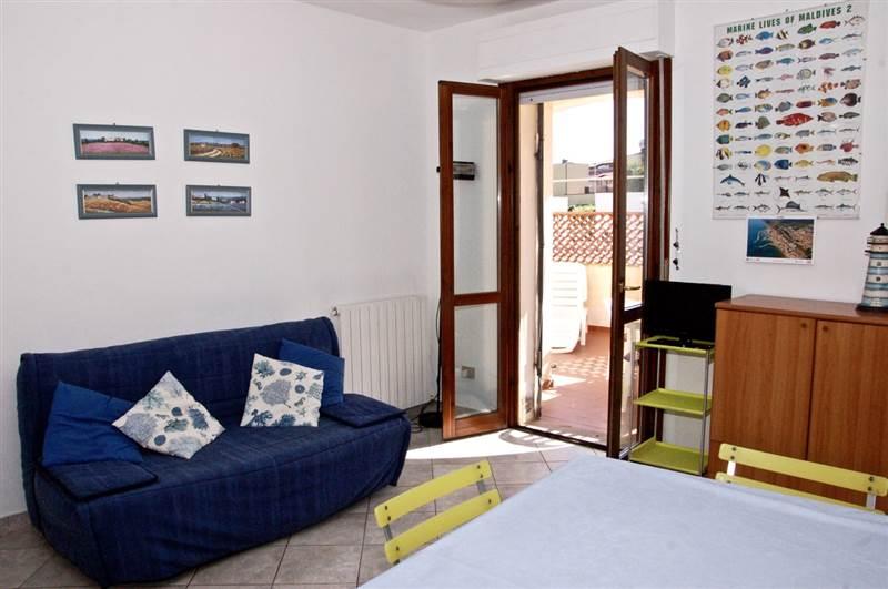 Bilocale 4/5 posti letto - piano terra con spazio esterno  privato