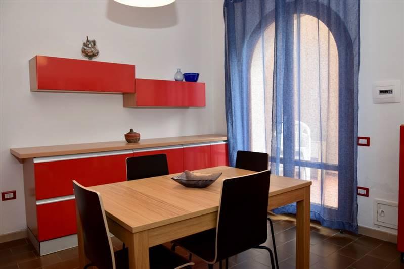 San  Vincenzo (LI) -bilocale 3/4 posti letto con spazio esterno pranzabile