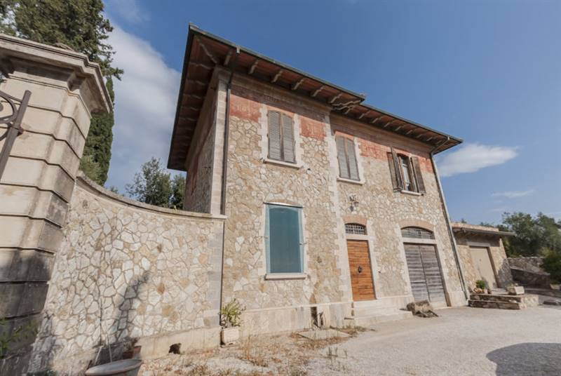 Campiglia Marittima (LI) - Caratteristica villa padronale