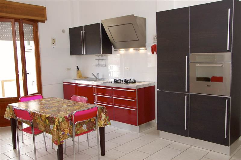 San  Vincenzo (LI) - Three-roomed apartment for 4/6 persons - close to the beach