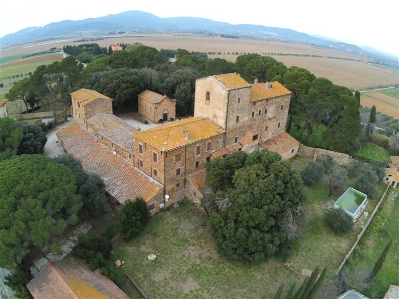 Tuscany - Campiglia Marittima - Charming old medieval buildings