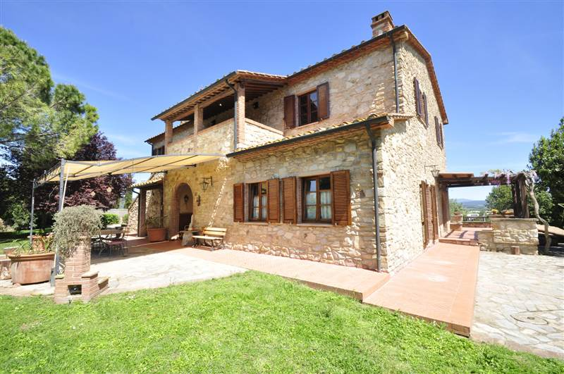 Suvereto (LI) - Country house in Tuscany.