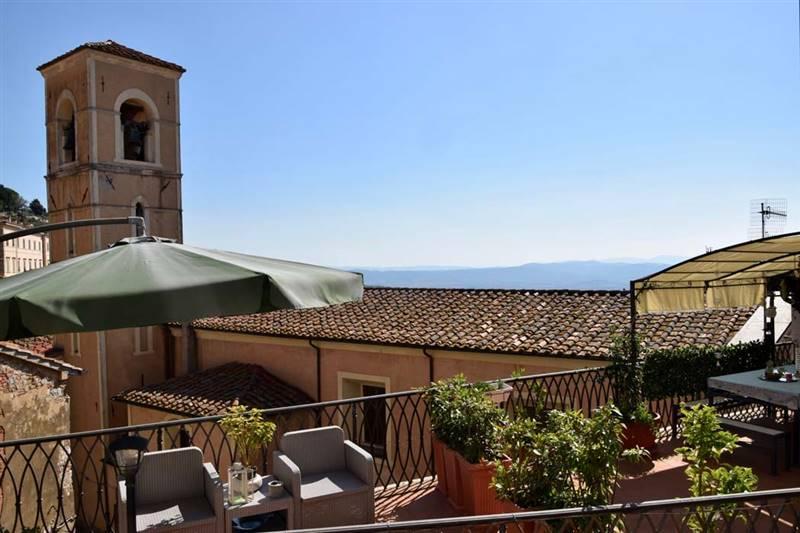 Campiglia Marittima (LI) - Splendido appartamento con ampia terrazza